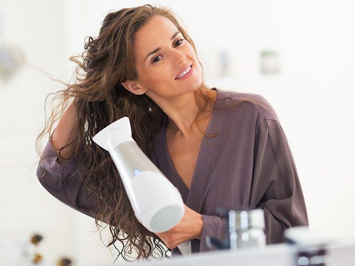 Cara Putus Hubungan Dengan Hair Dryer (Meski Hanya Sementara)
