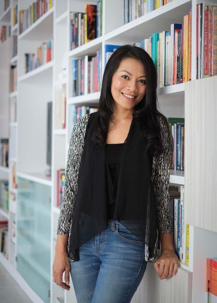 Dee Lestari: Saya Bisa Break Panjang dari Membaca Buku
