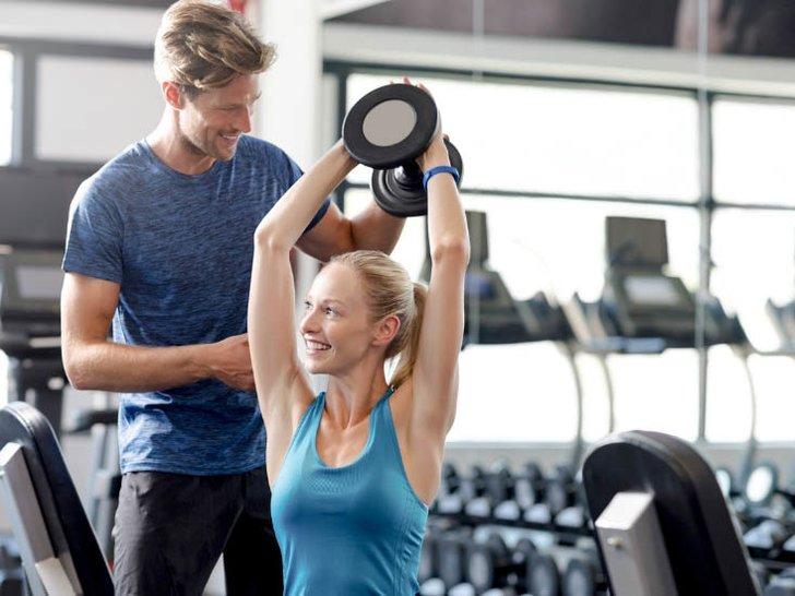 Ini Alasan Mengapa Kamu Harus Mencoba Latihan Angkat Beban Sekarang Juga