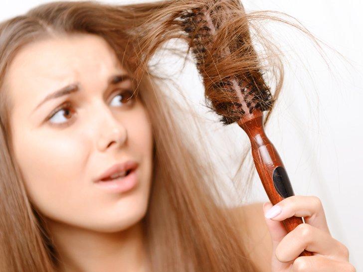 4 Langkah Menghindari Rambut Kusut Sesudah Keramas