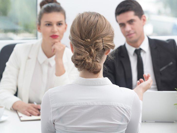 Tujuh Hal yang Harus Kamu Bawa Setiap Wawancara Kerja