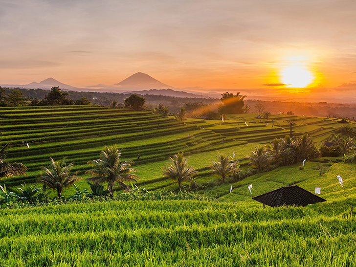 10 Destinasi Wisata Di Indonesia Terbaik