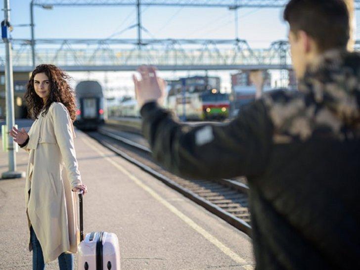 7 Cara Tetap Romantis Walau Jalani LDR