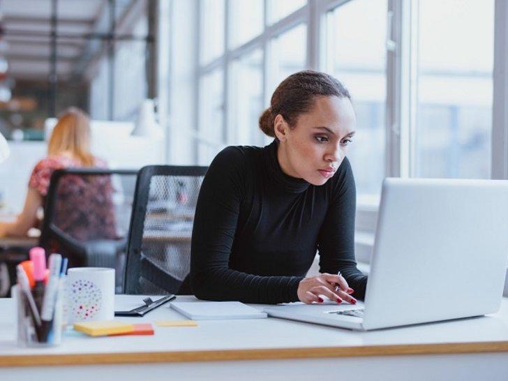 5 Tantangan Berat yang Harus Dilewati Wanita Karier