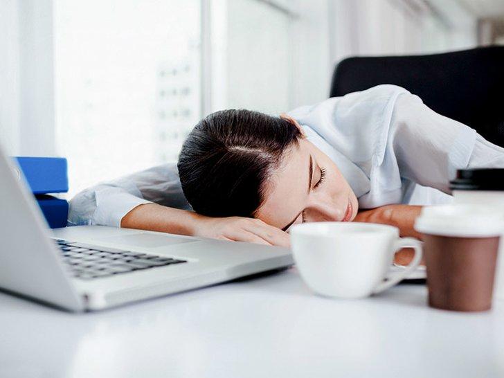 Fakta Unik: Kurang Tidur 16 Menit Bikin Kerja Berantakan