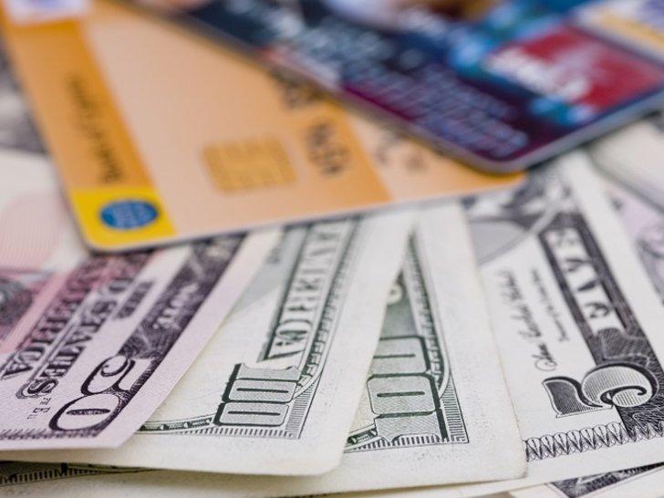 Uang Tunai VS Nontunai, Mana Sebenarnya yang Terbaik?
