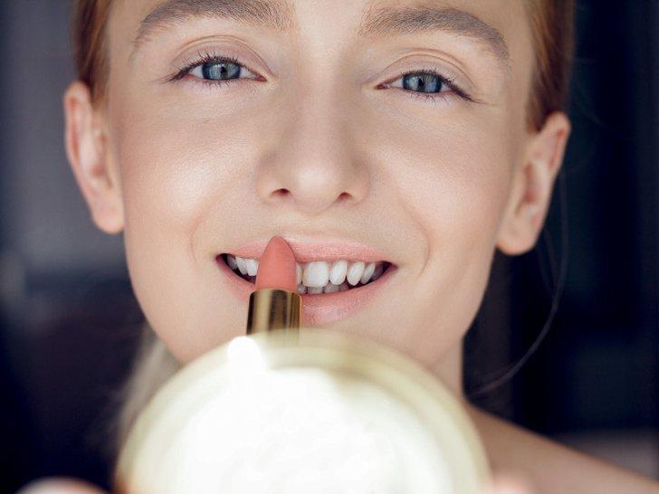 Rekomendasi Lipstik Matte yang Tidak Membuat Bibir Kering