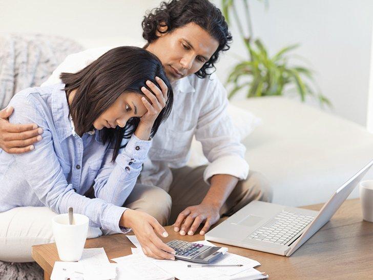 6 Kesalahan Mengatur Uang yang Bisa Menghancurkan Pernikahan