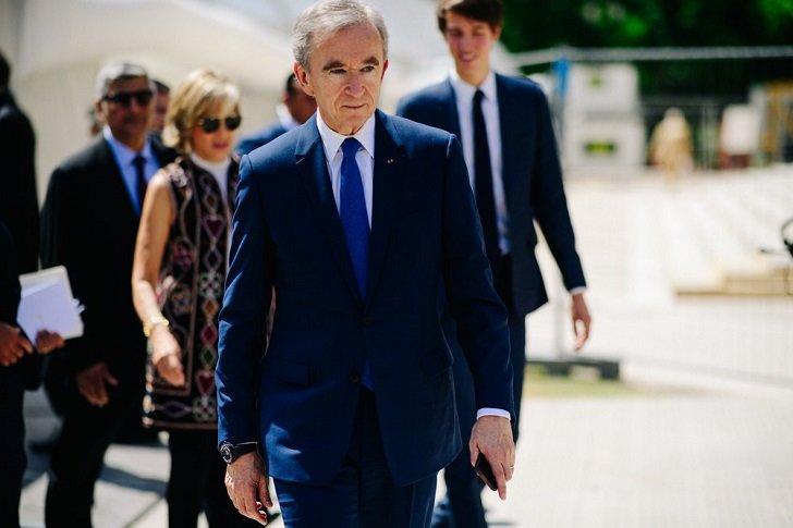 Bernard Arnault, Bos Louis Vuitton Sumbang Uang untuk Bantu