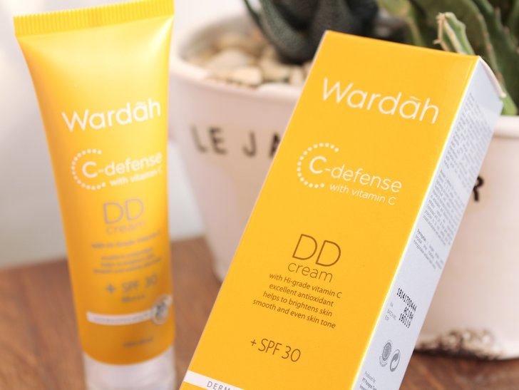 Review C-Defense DD Cream Wardah--Lebih Ringan dari BB Cream