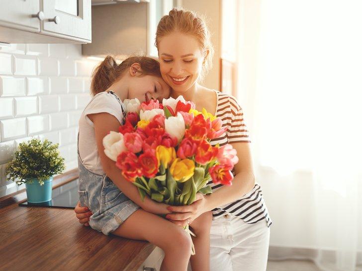 Agar Semakin Berkesan, Ini 7 Rekomendasi Kado di Hari Ibu!