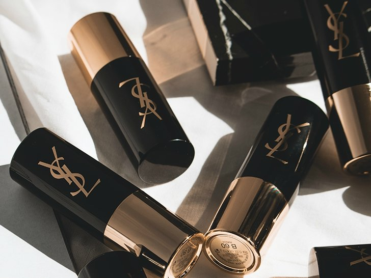 Review YSL All Hours Foundation Stick