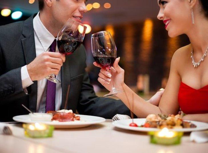 Rekomendasi Tempat Merayakan Valentine Bersama Pasangan