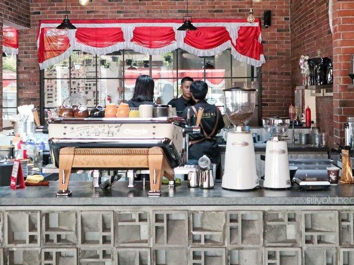 Review Kolonial Bistro & Roastery - Tempat Ngopi yang Cozy